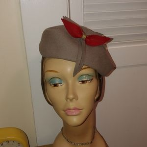 Vintage 1950s Grey and Red Felt Hat